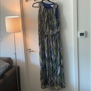 Size 14 W London Times maxi dress